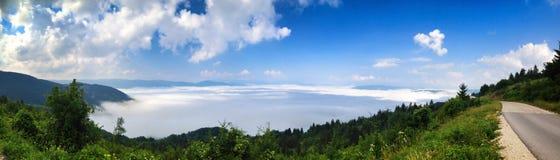 Lopp på bosnisk mountaine Royaltyfri Foto