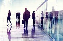 Loppet för affärsfolk som går företags ockupation för pendlare, lurar arkivfoton