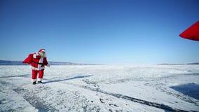 Loppjultomten på Lake Baikal som kretsar stock video