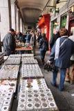 Loppmarknad i Madrid Arkivbilder