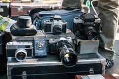 Loppmarknad med kameror, Tbilisi, Georgia Arkivfoton