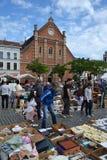 Loppmarknad på stället du Jeu de Balle i Bryssel, Belgien Arkivbilder