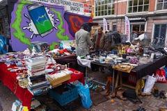 Loppmarknad Waterlooplein i Amsterdam Royaltyfri Foto