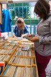 Loppmarknad Waterlooplein i Amsterdam Royaltyfria Bilder