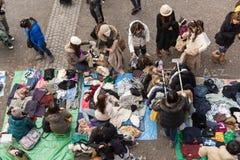 Loppmarknaden på Yoyogi parkerar i Harajuku, Japan royaltyfri bild