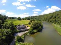 Lopwell fördämningDartmoor flod tavy devon UK Arkivbilder