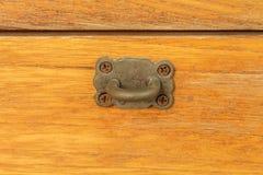 Loquet et mur en bois. Photo stock