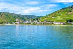 Lorch morgens Rhein, eine Kleinstadt im Rheingau-Taunus-Kreis in Ger Lizenzfreies Stockfoto