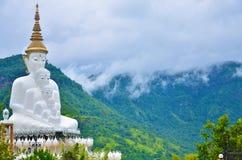 5 lord Buddha på Petchaboon Arkivfoton