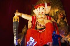 Lord Ganesha Ganesh Festival, Jai Malhar tema, Pune, Indien arkivbild