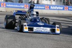 Lord Gregory Thornton in einer Formel 1 Surtees-TS -11 lizenzfreie stockfotos