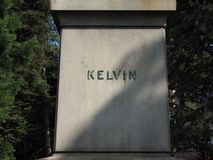 Lord Kelvin-Statue in den botanischen Gärten in Belfast stockfoto