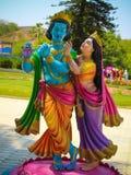 Lord Krishna e Radha Colorful Statue immagini stock libere da diritti