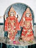 Lord krishna und radha im hindischen Tempel lizenzfreie stockbilder