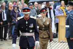 Lord Lieutenant du Hampshire inspectant un défilé militaire Photo stock