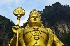 Lord Murugan hindú, delante de las cuevas de Batu Fotos de archivo libres de regalías