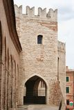 Lordshipslott i en by av mellersta Italien Royaltyfri Foto