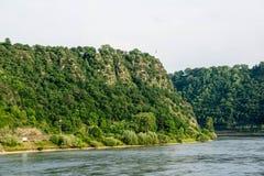 Loreley de roches d'ardoise chez le Rhin Allemagne image stock