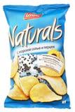 Lorenz Naturals con le patatine fritte del pepe & del sale marino insacca isolato su bianco Immagine Stock Libera da Diritti