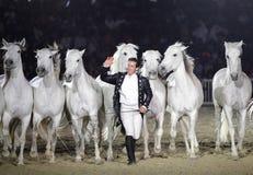 Lorenzo saluant des spectateurs au Bahrain Images stock