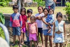 LORETO PERU, STYCZEŃ, - 02: Niezidentyfikowani miejscowych dzieciaki pozuje dla ca Zdjęcie Royalty Free