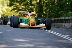 Lorina McLaughlin in einem Formel 1-Rennwagen Benneton B1992 lizenzfreie stockfotografie