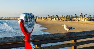 Lornetki w newport beach molu Zdjęcia Royalty Free