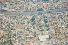 Los Ángeles céntrico, opinión de ojo de pájaro en el día asoleado imagen de archivo libre de regalías