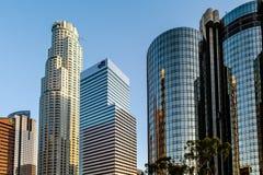 LOS ÁNGELES, CALIFORNIA/USA - 28 DE JULIO: Rascacielos en el Finan imágenes de archivo libres de regalías