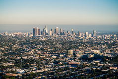 Los Ángeles debajo de la niebla con humo Foto de archivo