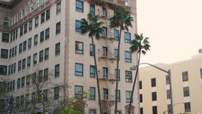 Los Ángeles, E.E.U.U.-noviembre 15,2017: Beverly Wilshire Hotel famosa almacen de metraje de vídeo