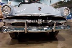 Los años 50 antiguos restaurados Ford Car Fotografía de archivo