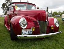 Los años 40 de Ford Deluxe convertibles Foto de archivo libre de regalías
