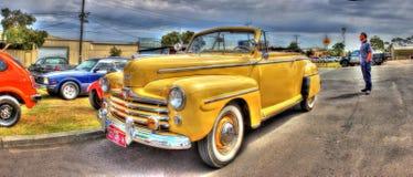 los años 40 Ford americano clásico Imagen de archivo libre de regalías