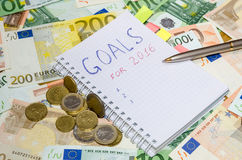 Los Años Nuevos de resoluciones ahorran el dinero Imágenes de archivo libres de regalías