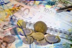 Los Años Nuevos de resoluciones ahorran el dinero Fondo euro Imagen de archivo