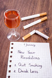 Los Años Nuevos de resoluciones, el fumar abandonado, beben menos alcohol Fotografía de archivo libre de regalías