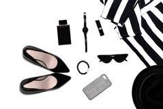 Los accesorios de las mujeres en superior, elegante, las cosas de las mujeres de la moda imagen de archivo libre de regalías