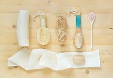 Los accesorios del BALNEARIO para el baño o para el masaje del aire seco, revitalizan cerca Imágenes de archivo libres de regalías