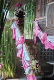 Los accesorios tailandeses de la boda diseñan en casa Fotos de archivo