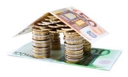 Los ahorros para las propiedades inmobiliarias proyectan - el tejado 50 Fotos de archivo
