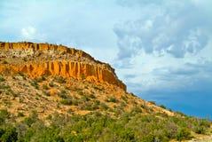 Los Alamos Ciffs nel New Mexico Immagini Stock