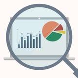 Los Analytics exhiben con la lupa ilustración del vector