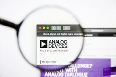 Los Angeles, California, los E.E.U.U. - 25 de enero de 2019: Homepage de la página web de los semiconductores de Analog Devices I foto de archivo
