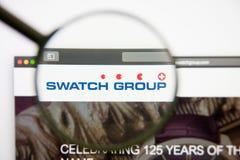 Los Angeles, California, U.S.A. - 14 febbraio 2019: Homepage del sito Web di Swatch Group Logo di Swatch Group visibile sul monit immagini stock libere da diritti