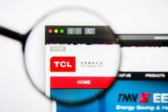 Los Angeles, California, U.S.A. - 25 gennaio 2019: Homepage del sito Web di TCL Corp Logo di TCL Corp visibile sullo schermo di v fotografia stock libera da diritti