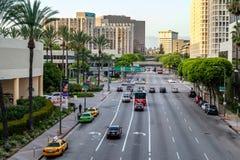 LOS ANGELES, CALIFORNIA/USA - 28 JULI: Verkeer in Los Angeles Stock Afbeeldingen