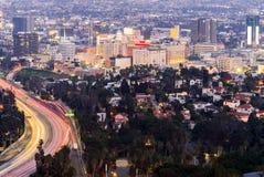 Los Angeles Cityscapesolnedgång royaltyfria bilder