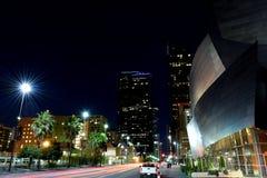 Los Angeles da baixa em a noite fotos de stock