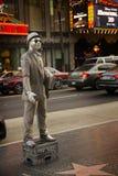 LOS ANGELES DECEMBER25th: Nicht identifizierter Mann mit silbernem Kleid Lizenzfreie Stockfotografie